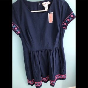 Vineyard Vines Embroidered fit and flare dress